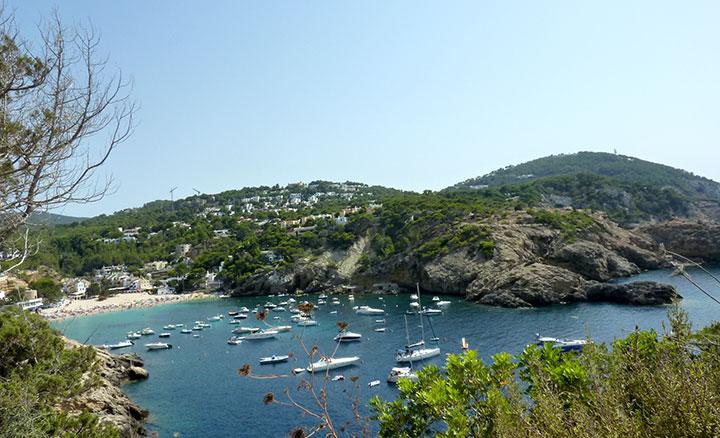 Cala Vadella (Ibiza) desde las alturas