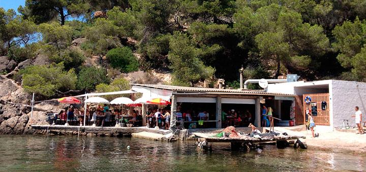 Restaurante el bigotes en cala mastella ibiza bullit de peix - Restaurantes en el puerto de ibiza ...