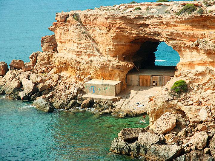 Casetas de pescadores en Sa Figuera Borda (Ibiza)