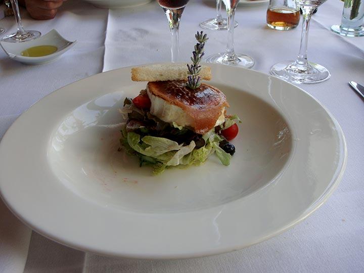 Comida restaurante en Hotel Can Curreu, Ibiza