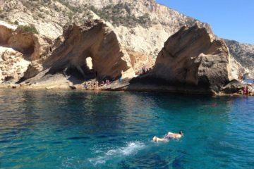 Atlantis Ibiza - Sa Pedrera - Cala con piscinas naturales