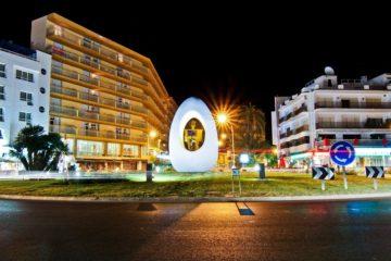 San Antonio en Ibiza - Escultura del huevo